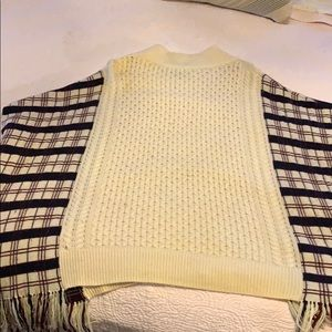 French Connection Sweaters - French Connection Plaid & off white knit poncho
